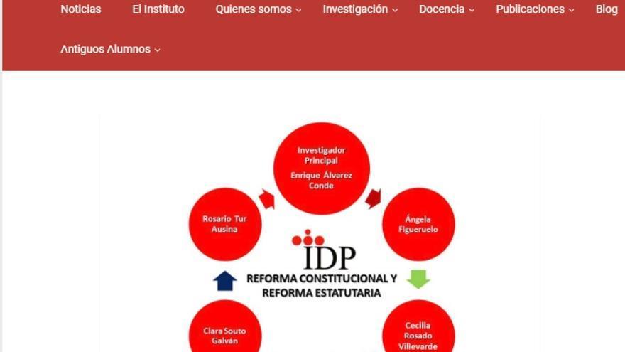 Grupo de investigación formado por Álvarez Conde, las tres profesoras del acta y la colaboradora de Conde