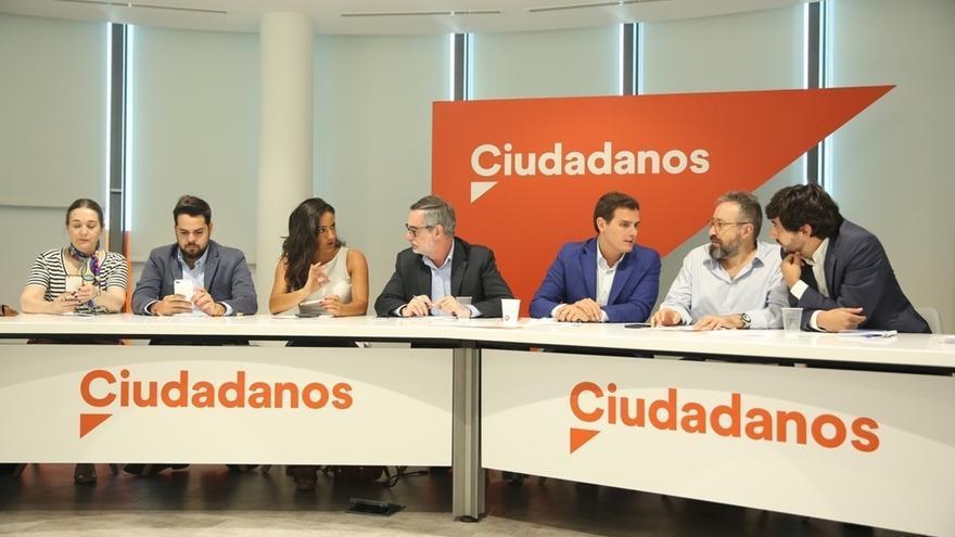 """Rivera insta a Puigdemont a admitir que el independentismo ha """"fracasado"""" y que convocará elecciones autonómicas"""