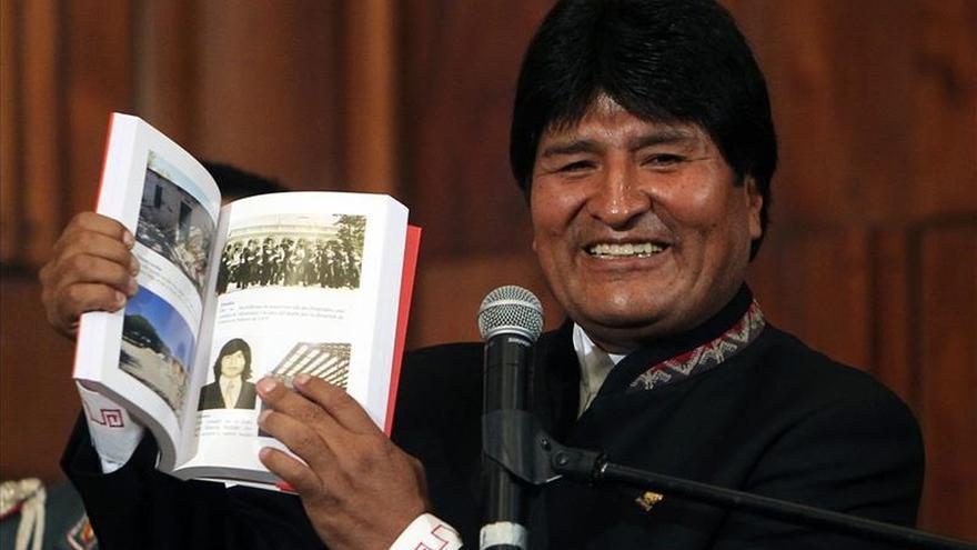 Bolivia elige 200 libros fundamentales de su cultura que publicará en 2015