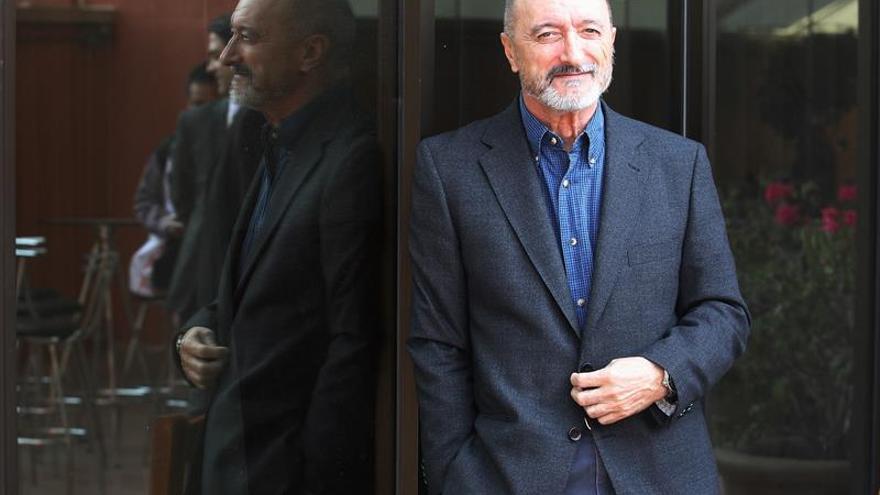 Pérez-Reverte gana el 43 Premio Averroes por su contribución a las Letras
