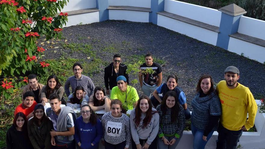 Jóvenes de diferentes partes de la Isla han podido aprender qué es el Consejo de la Juventud de Canarias (CJC) y cuáles son sus funciones. Foto: CJC.