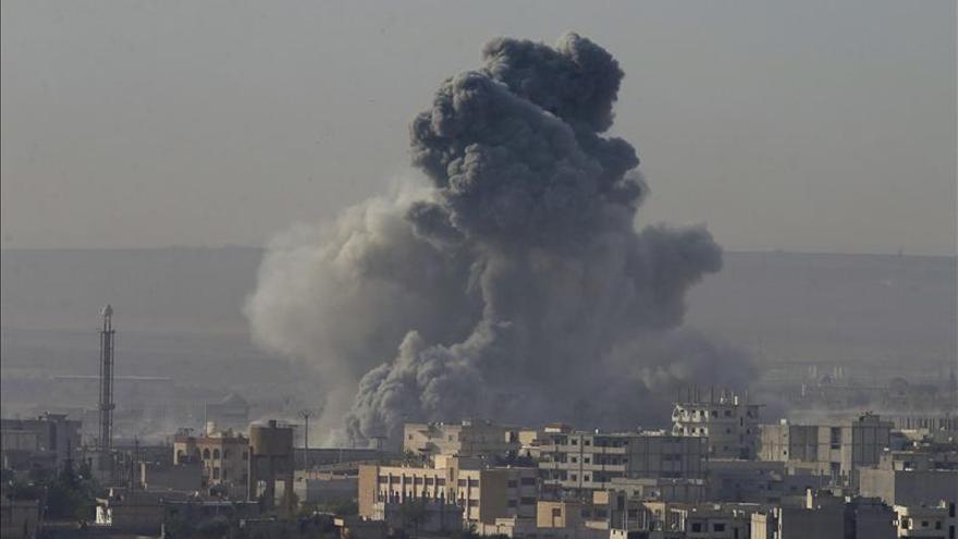 Coalición internacional lanza 4 ataques contra el EI en Siria y tres en Irak