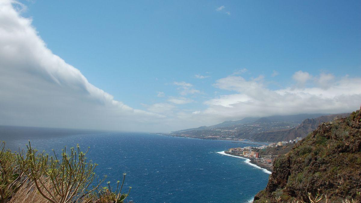 Nubes y amplios claros en La Palma