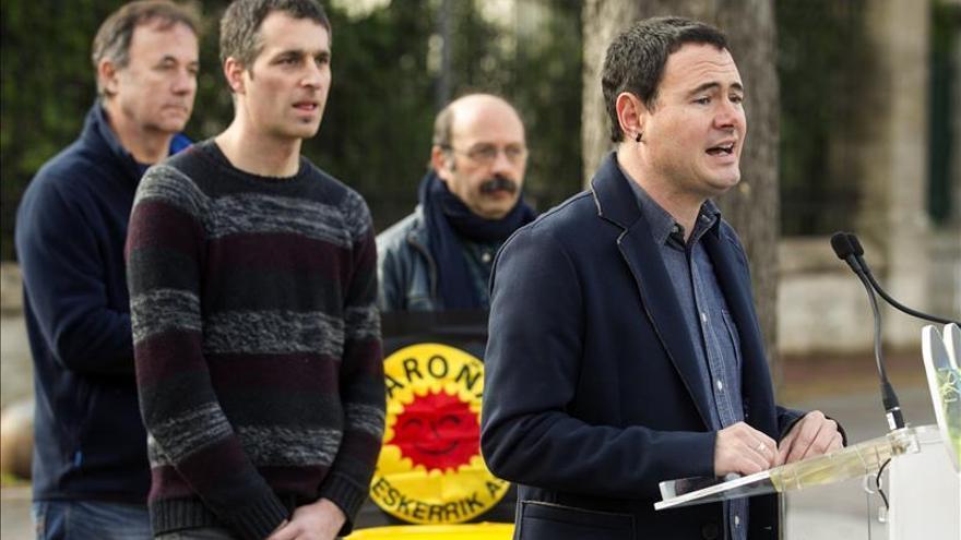 Arraiz avisa a PP, PSOE, Podemos y Ciudadanos que los vascos quieren decidir