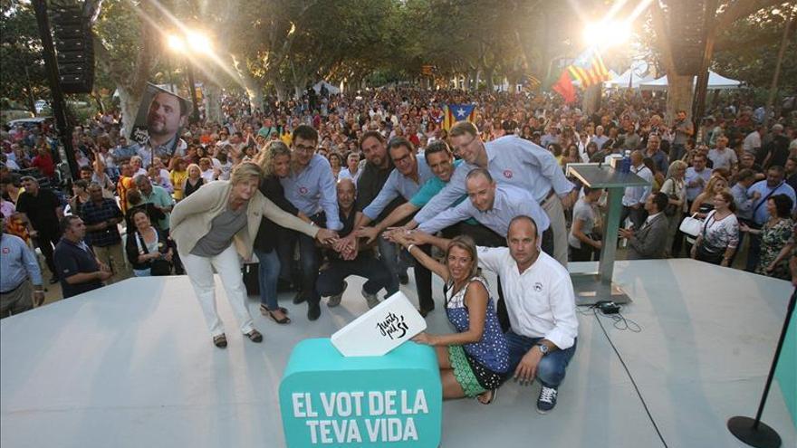 """Mas invita a contestar con un corte de mangas a los """"grandes jefes de Madrid"""""""