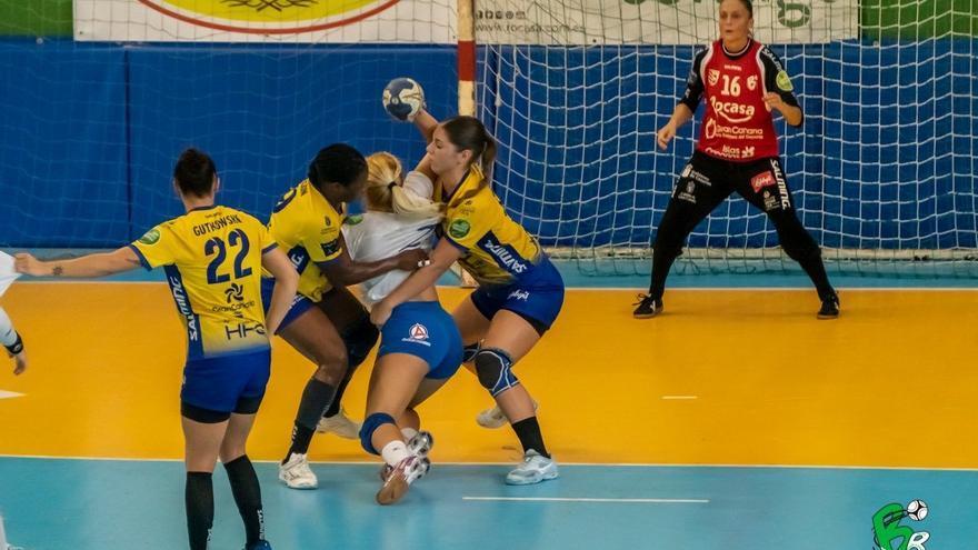El Rocasa sigue aportando jugadoras a la selección nacional de balonmano femenino.
