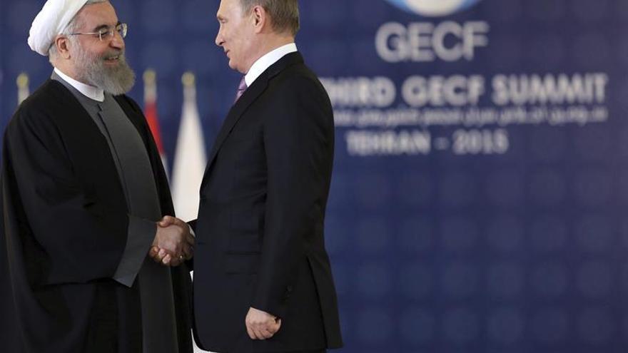 Putin y Rohaní, unidos en la condena del ataque de EEUU contra la base siria