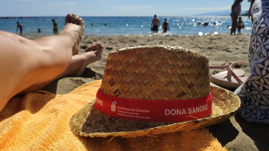 """""""Si todas las personas que pueden donar sangre en Canarias lo hicieran con frecuencia, los niveles de stock estarían totalmente garantizados"""""""