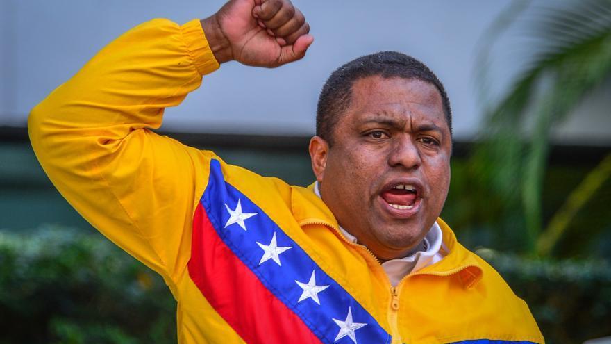 En la imagen, el presidente de Venezolanos Perseguidos Políticos en el Exilio (Veppex), el exmilitar venezolano José Antonio Colina. EFE/Giorgio Viera/Archivo