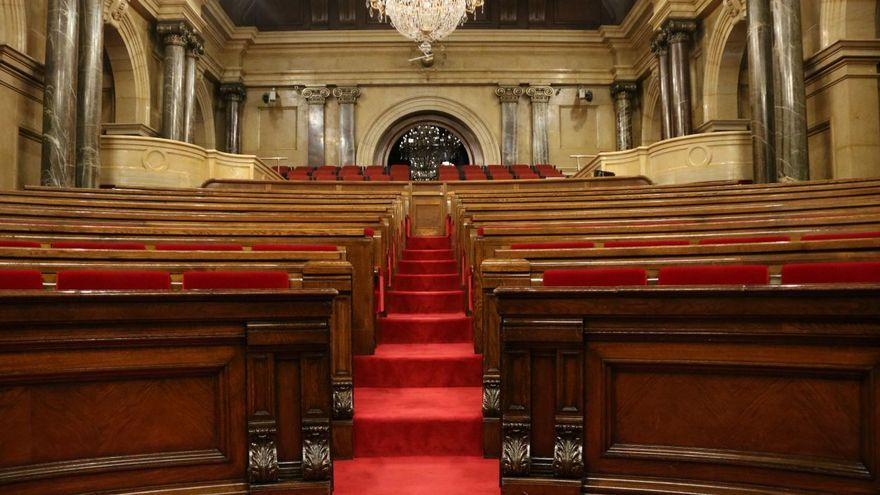 Hemiciclo vacío del Parlament de Catalunya