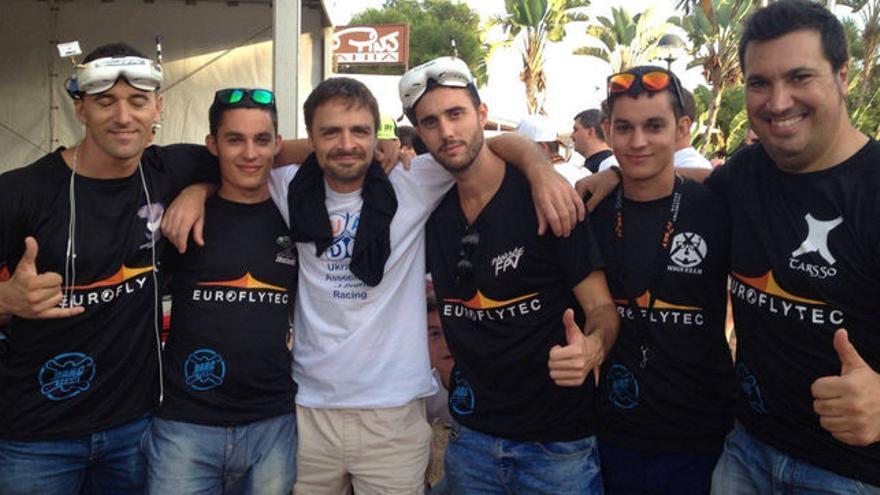 El 'Spain Drone Team' une ya a seis pilotos españoles
