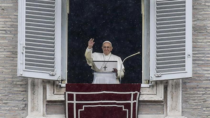 El papa lamenta el ataque contra cristianos coptos en Egipto