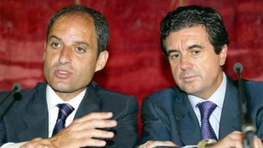 Francisco Camps y Jaume Matas, en un acto conjunto cuando ambos eran presidentes autonómicos.
