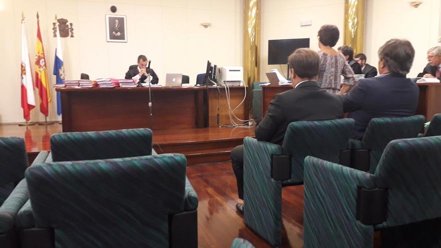 Administración concursal de Ecomasa acusa a Lavín y León de salida fraudulenta de fondos y maquillaje financiero