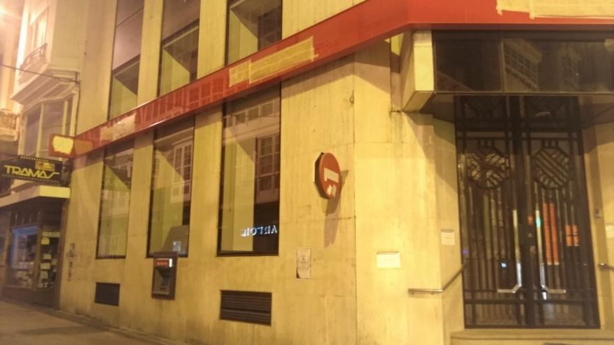 Banco Santander cierra este viernes 176 oficinas por el ERE