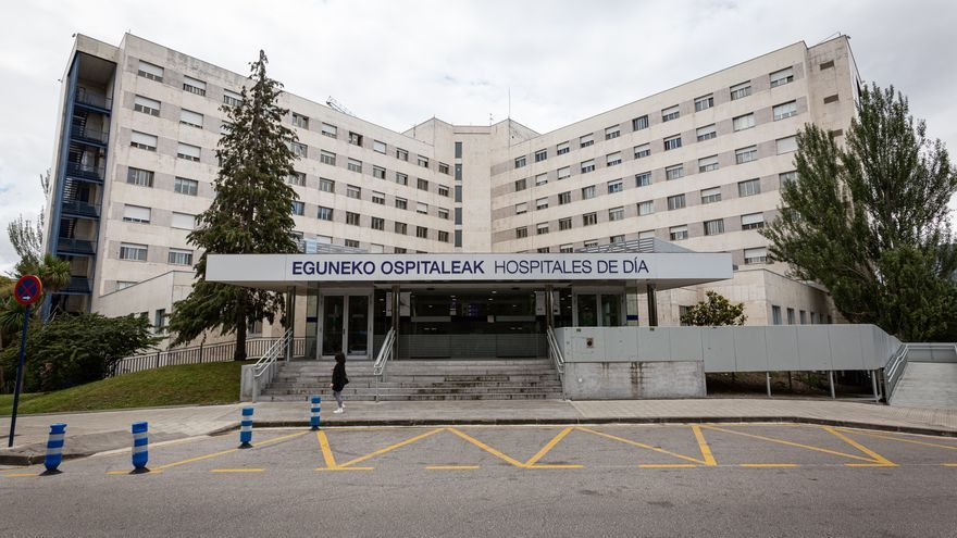 Archivo - Exterior del Hospital de Txagorritxu (Vitoria). En Vitoria, País Vasco (España), a 8 de junio de 2020.