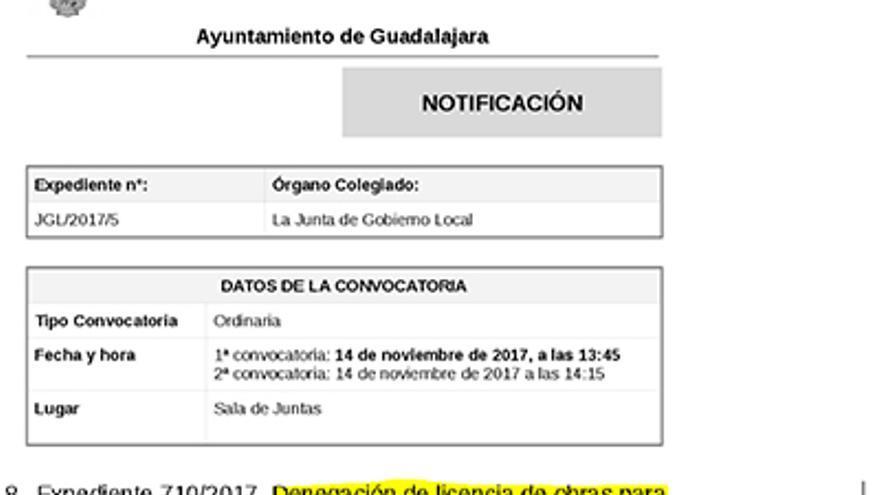 Documento por el que se deniega la licencia de construcción para habilitar una vivienda al duque