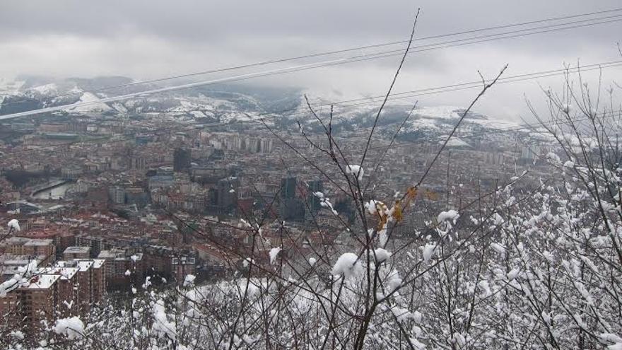 Euskalmet anuncia un cambio brusco del tiempo, con abundantes precipitaciones y nieve por debajo de 1.000 metros