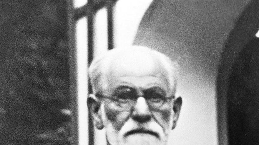 Sigmund Freud y su inédita faceta de hipnotizador