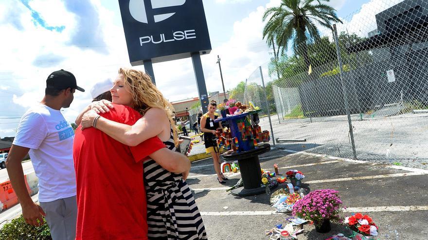 Biden condena el odio contra los LGTBQ+ en aniversario del tiroteo de Pulse