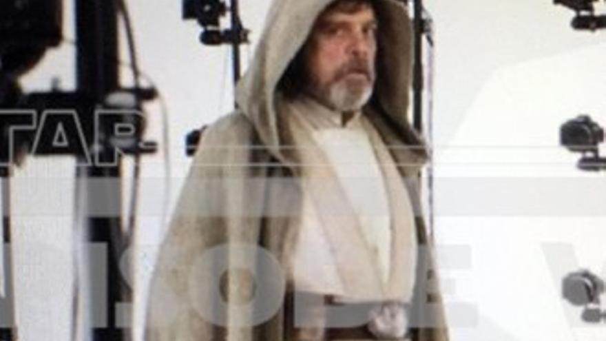 Primera imagen de Luke Skywalker en lo nuevo de 'Star Wars'