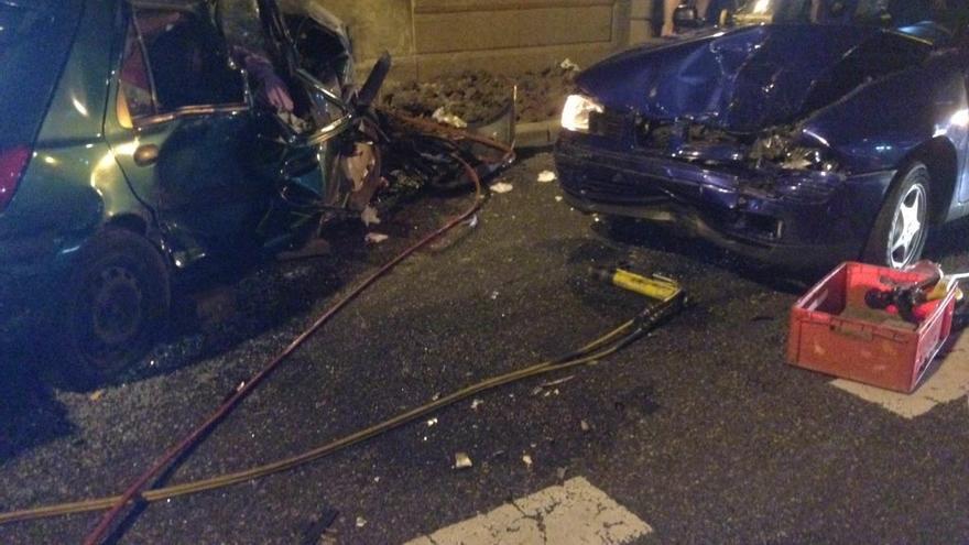 Una accidente en la Avenida Marítima deja tres heridos. (@PoliciaLPA)