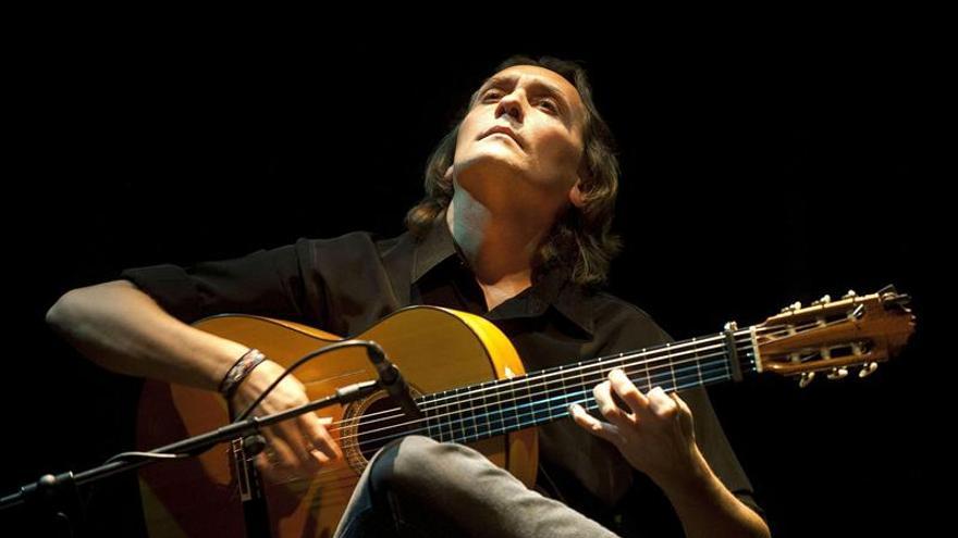 Vicente Amigo arrulla a Bogotá con el flamenco más delicado