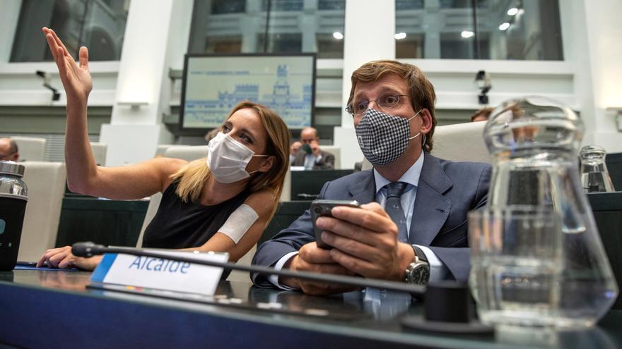 Martínez-Almeida en un pleno del Ayuntamiento de Madrid.