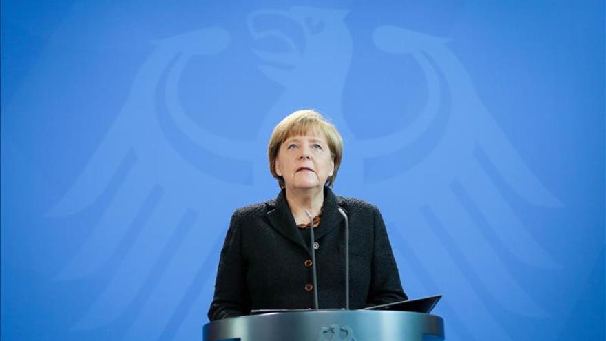 """Merkel: fue un """"ataque contra todos"""" y """"responderemos conjuntamente"""""""