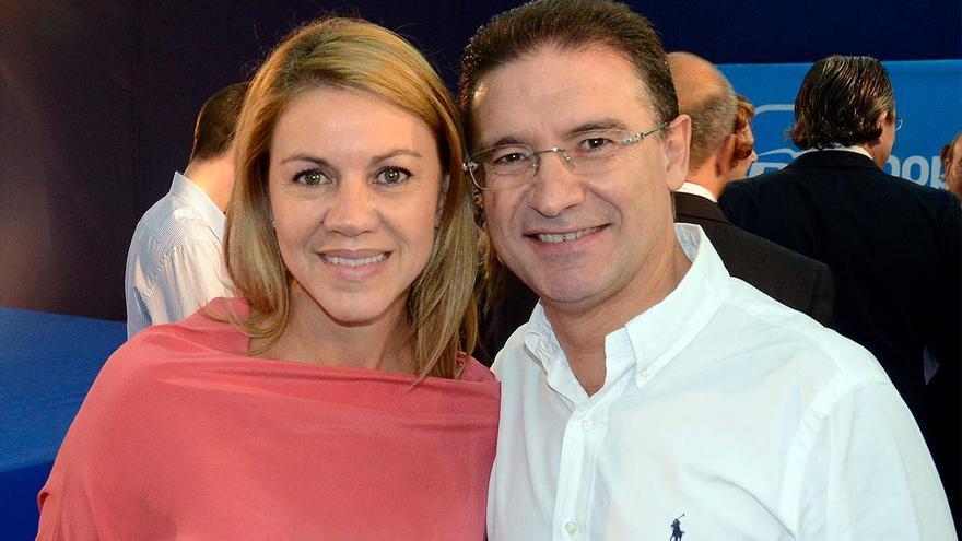Serafín Castellano, secretario general del PP valenciano, y Dolores de Cospedal, su homóloga en el PP.