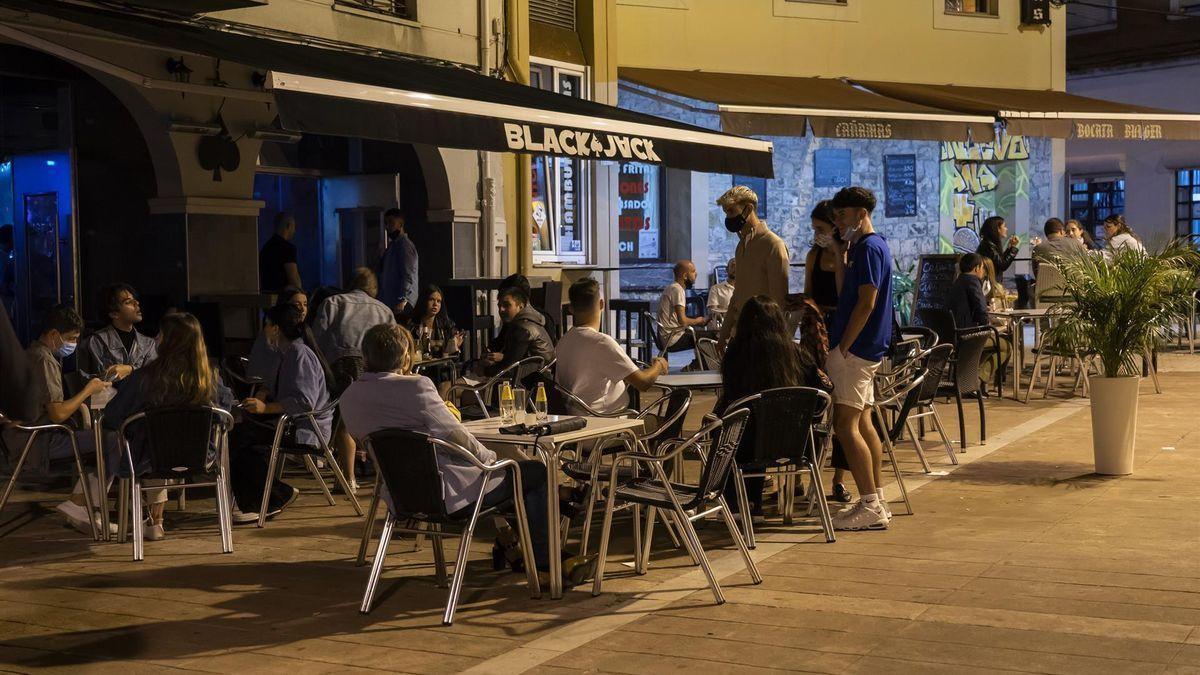 Un local de ocio nocturno en Torrelavega.