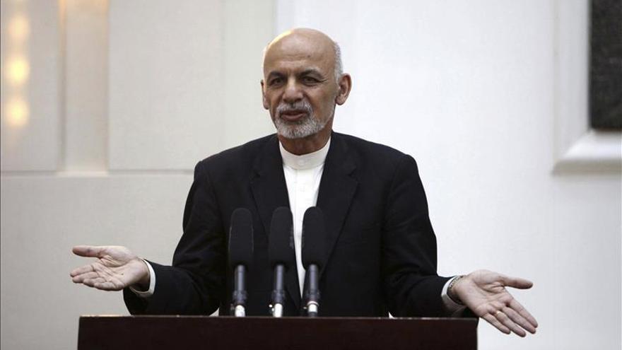 El presidente afgano urge a Pakistán a que tome medidas contra los talibanes
