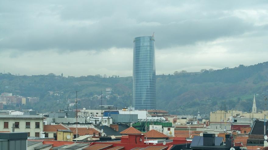 El Defensor del Pueblo actúa de oficio por la contaminación atmosférica de 14 ciudades, entre ellas Bilbao