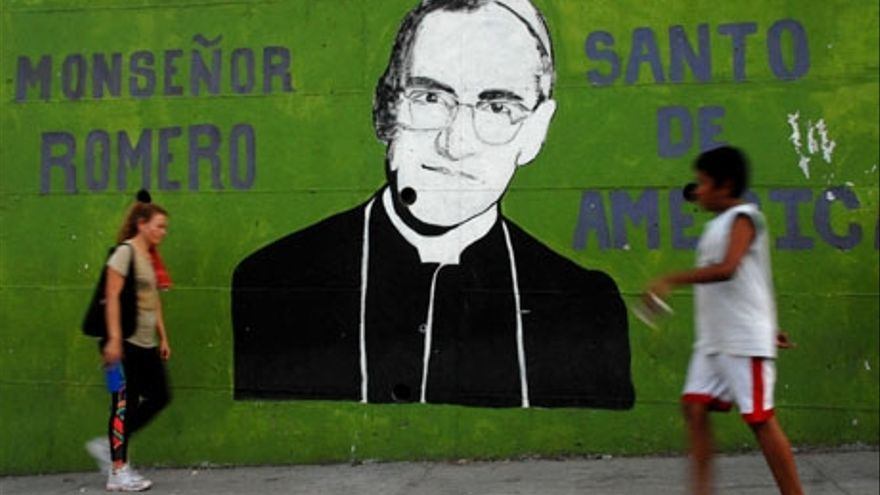Mural en honor a monseñor Romero