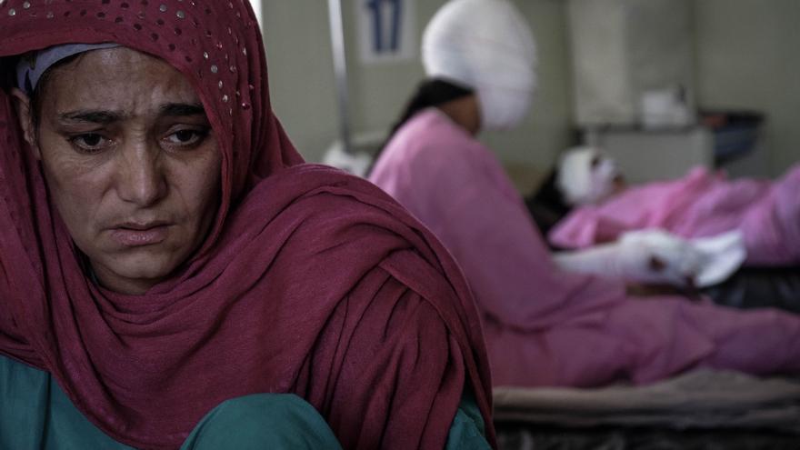 Afganistán es el único país del mundo donde el número de mujeres que se suicidan es mayor al de los hombres.