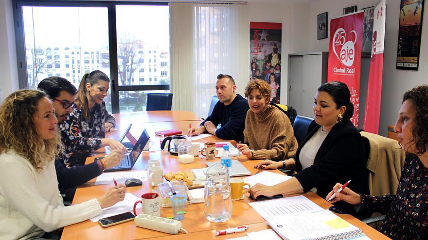Reunión de la directiva FOTO: AJE Ciudad Real