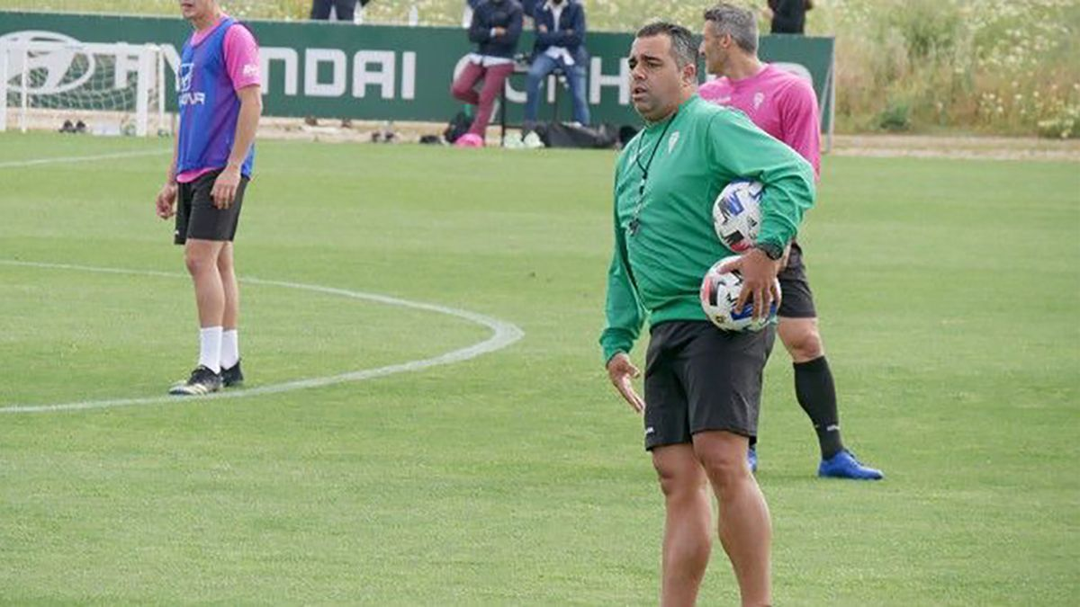 Germán Crespo durante un entrenamiento con el Córdoba