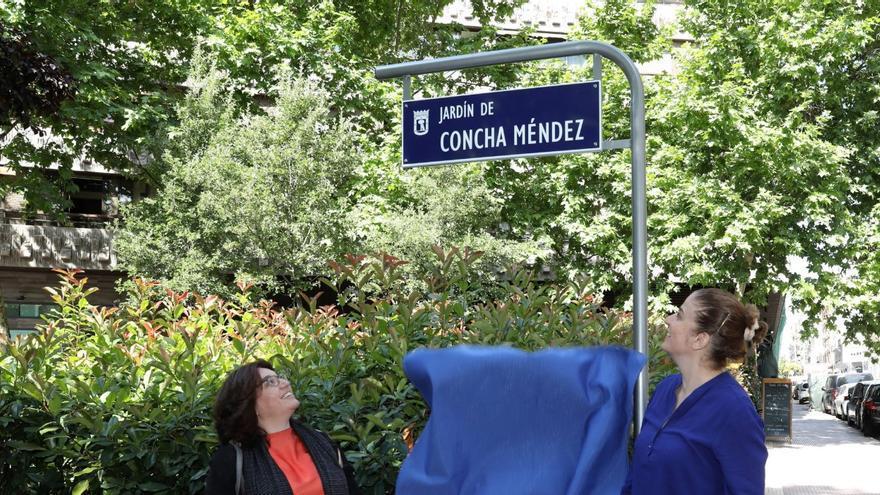 Descubrimiento de la placa en el nuevo Jardín de Concha Méndez   AYUNTAMIENTO DE MADRID
