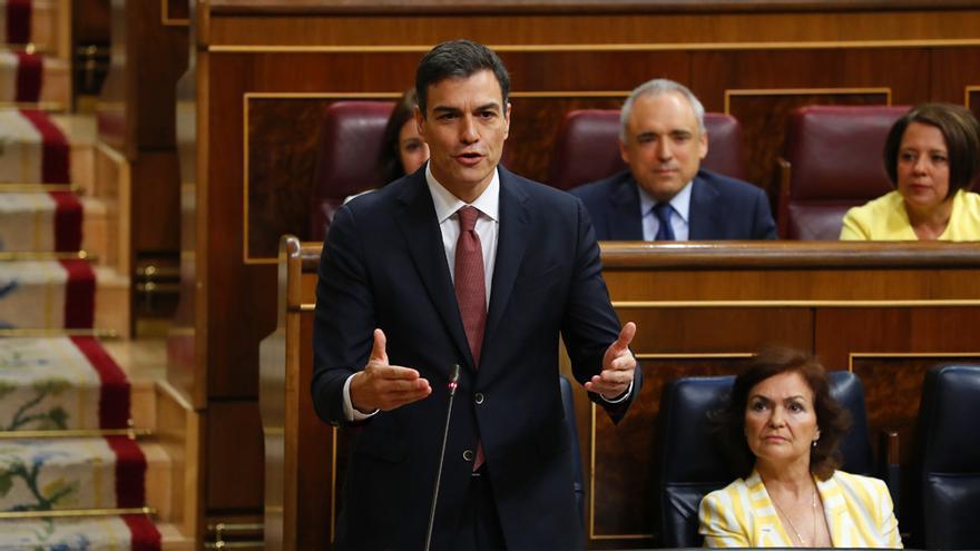 Pedro Sánchez en su primera sesión de control