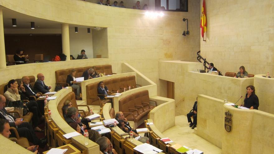 El primer Pleno tras el verano debatirá sobre déficit, la Pereda y el traslado de la atención psiquiátrica a Liencres