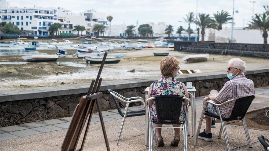 Sanidad corrige los datos de contagios de coronavirus en Lanzarote