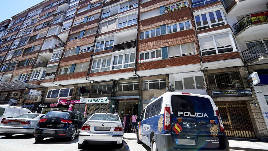 Suben a 14 los positivos en el edificio de Santander en cuarentena por el brote