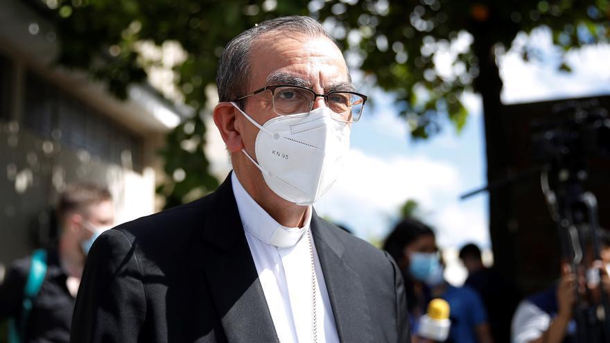 El cardenal salvadoreño espera que un proyecto de ley de agua retome avances