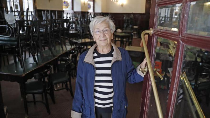 Adiós a las viejas tertulias: cierra, tras 91 años, un café con solera