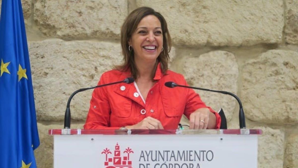 La portavoz del PSOE en el Ayuntamiento de Córdoba, Isabel Ambrosio