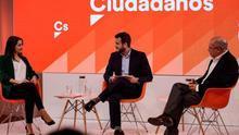"""Arrimadas pide a Igea que si pierde no critique al partido y este defiende abandonar """"el frentismo"""" en el debate de primarias"""