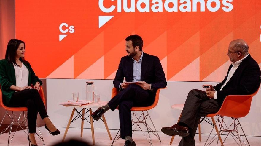 """Arrimadas dice a Igea que con """"pesimismo"""" no ilusiona a Ciudadanos y él defiende asumir errores y dejar el """"frentismo"""""""
