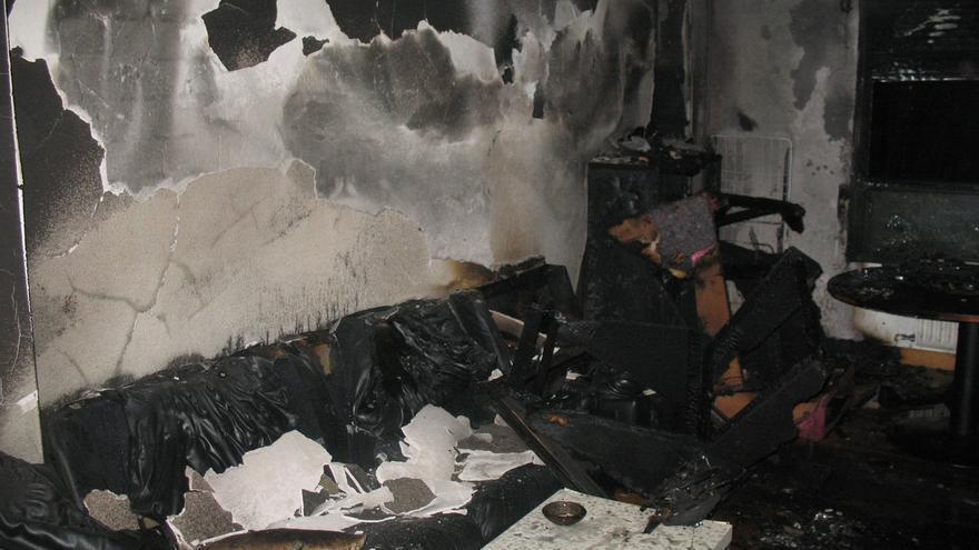 Tres personas heridas, una grave, en el incendio de una vivienda en el barrio pamplonés de San Jorge