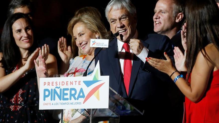 Rajoy felicita a Sebastián Piñera por su victoria en las elecciones de Chile