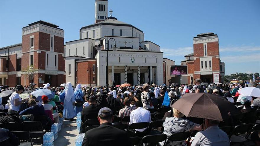 Activistas católicos LGTB reclaman ser aceptados durante la JMJ de Cracovia
